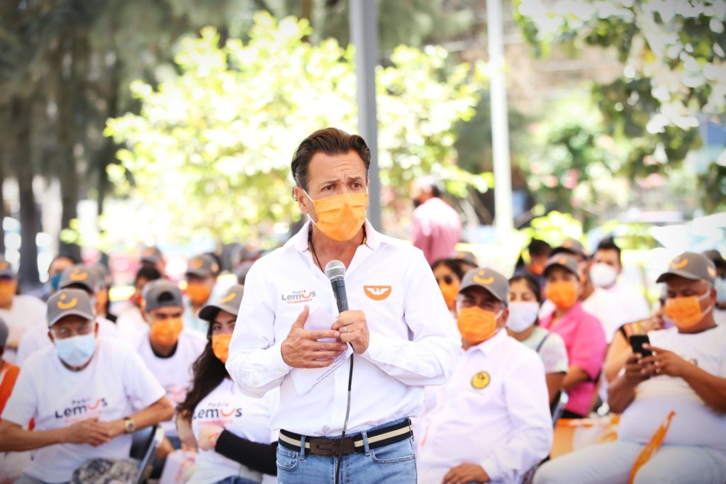 'Vengo a pedir la confianza de las personas': dialoga Pablo Lemus con ciudadanos de El Mirador y Santa María