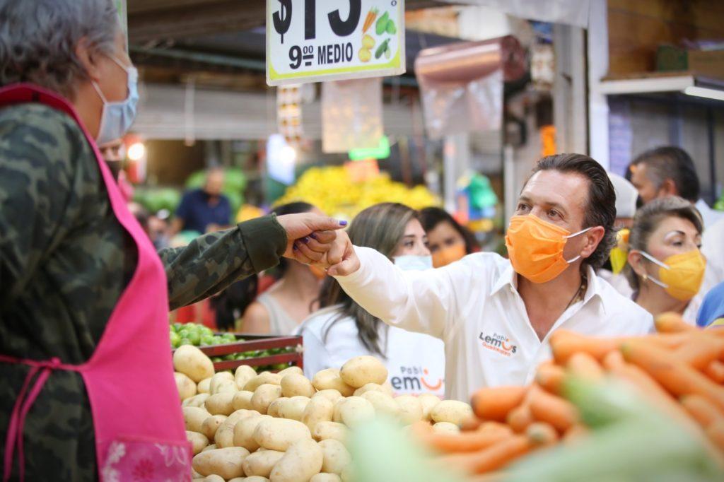 Propone Pablo Lemus condonación de pagos municipales a tianguis y mercados en apoyo a la economía tapatía