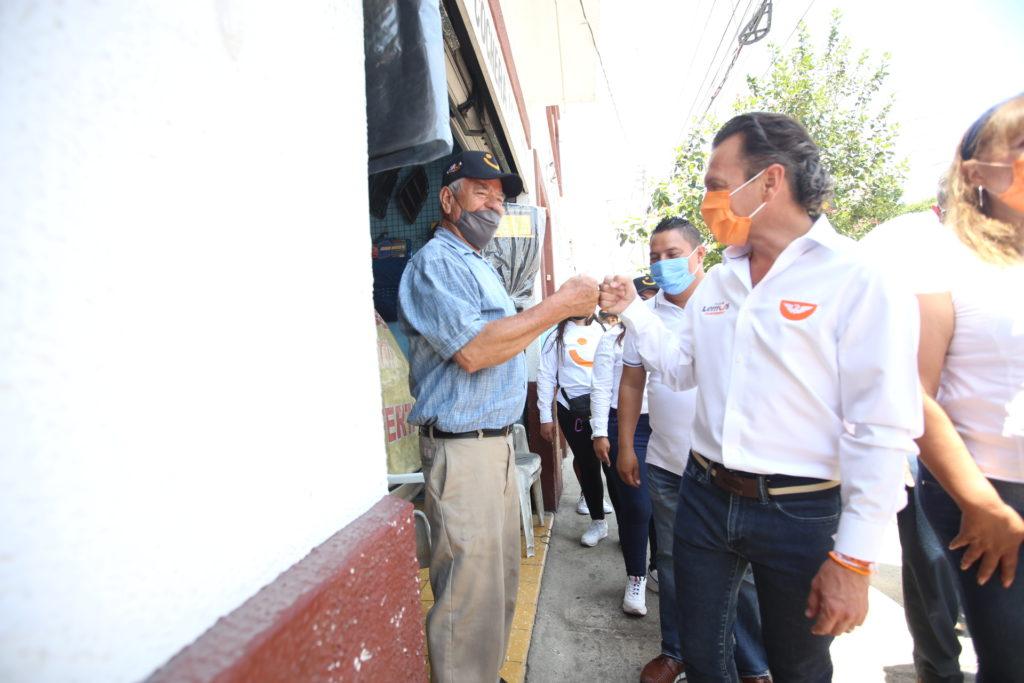 Brinda Pablo Lemus respaldo al comercio formal de la zona 5 de Febrero