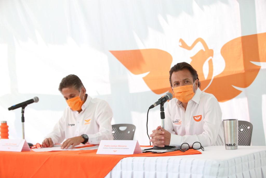 Pablo Lemus Navarro, candidato a la presidencia municipal de Guadalajara, y Juan José Frangie, candidato a la presidencia municipal de Zapopan, en la presentación del Plan Estratégico para la Seguridad Ciudadana en Movimiento Ciudadano Jalisco.